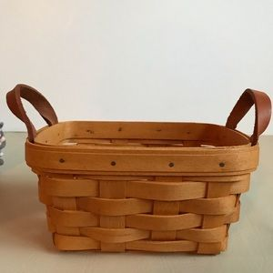 Longaberger Tea Basket, protector, and 2 liners